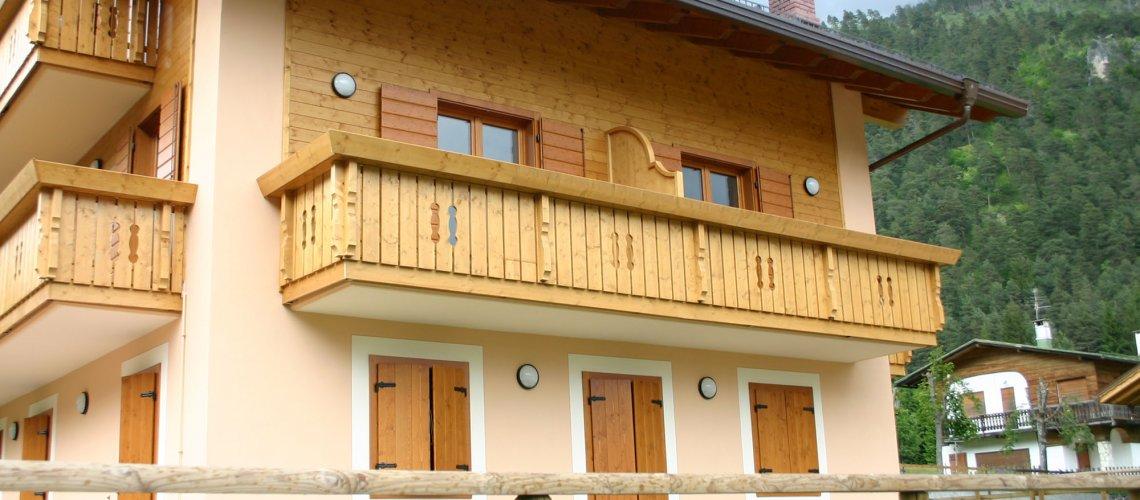 Facciate rivestite in legno, abitazioni rivestite in legno